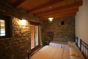 2-master-bedroom-2